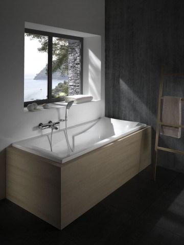 baignoire corvette. Black Bedroom Furniture Sets. Home Design Ideas